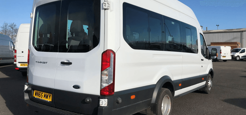Minibus hire from Glasgow Car Rental
